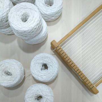 Hilo para urdimbre de tapices